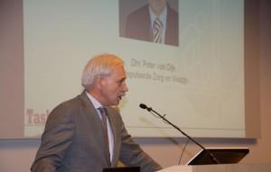 Peter van Dijk geeft zijn voordracht