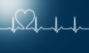 hartfilmpje waarvan de lijn tussen twee hartslagen de vorm van een hartje heeft